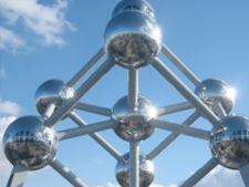 Toezichthouder ACM wil onderzoek naar fusie van Brussel naar Den Haag overhevelen